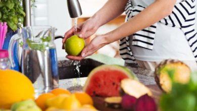 Photo of Come utilizzare il bicarbonato di sodio per eliminare il 96%  dei pesticidi da frutta e verdura in modo naturale