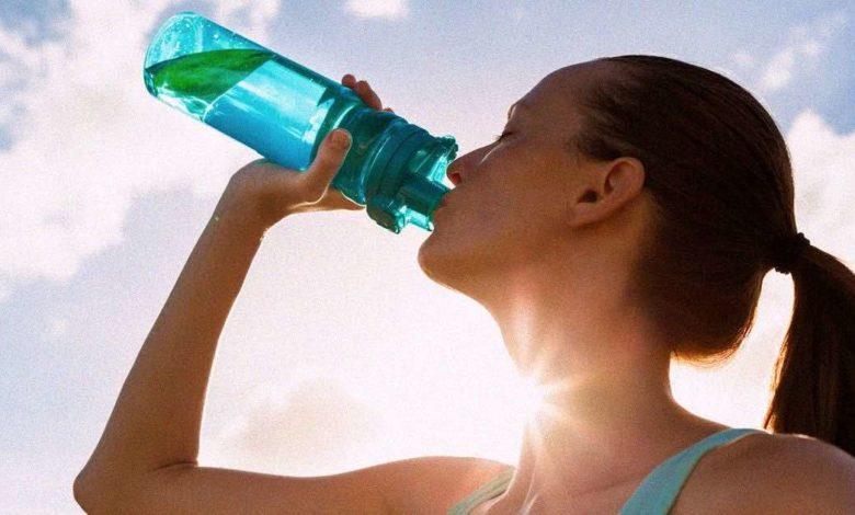 quantità giusta di acqua per perdere peso