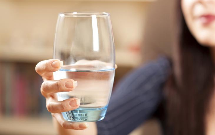 Acqua calda, benefici