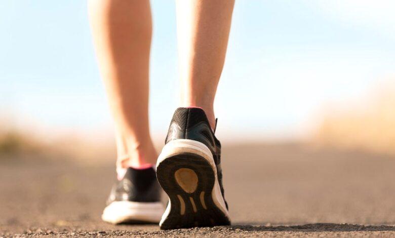 Camminare 10 mila passi al giorno