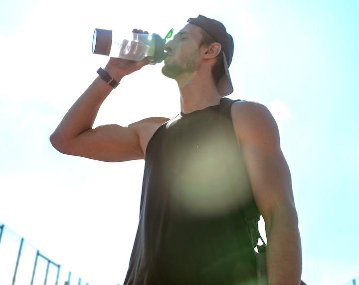 sudare tanto come reintegrare liquidi