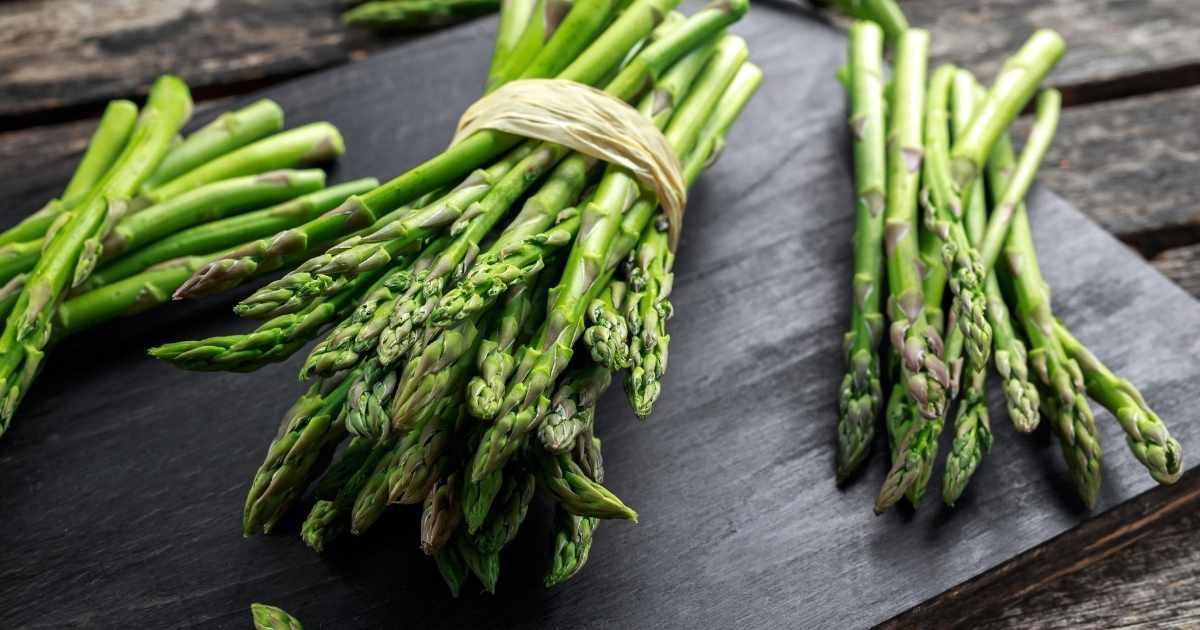 Zuppe diuretiche con asparagi
