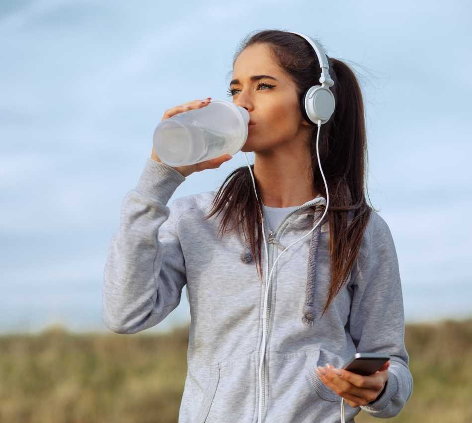 bere subito acqua in caso di disidratazione