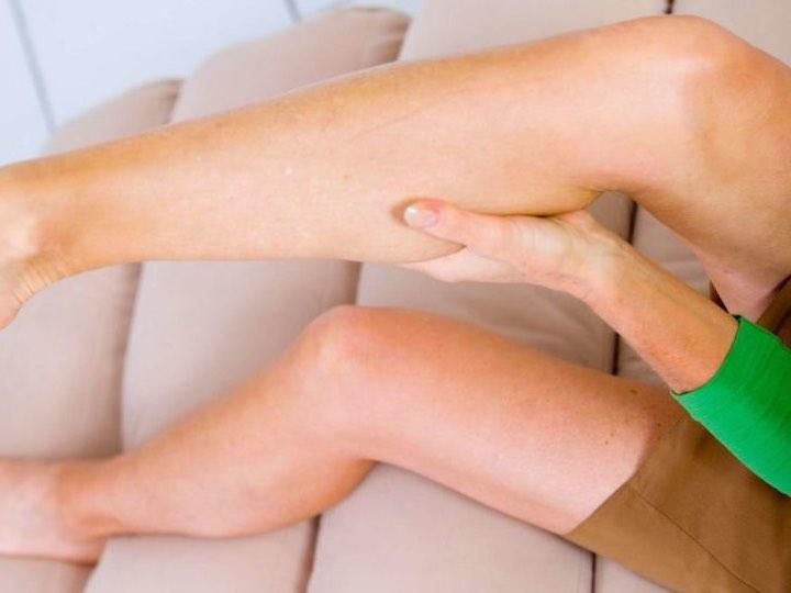 5 consigli per crampi notturni alle gambe