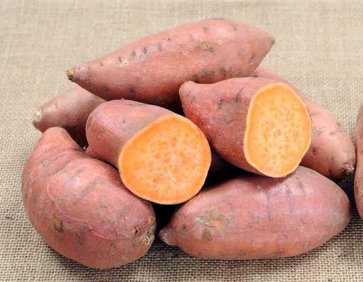 8 potenti alimenti antitumorali per prevenire il cancro