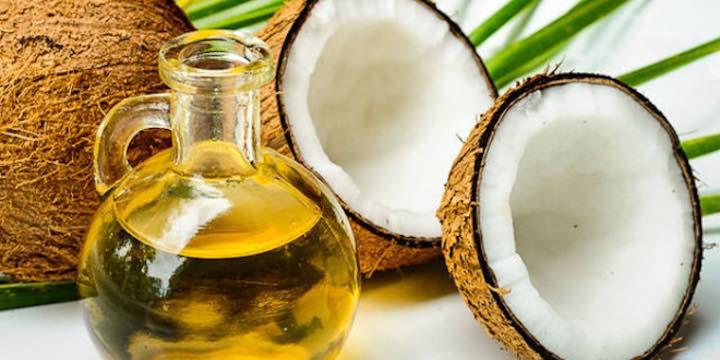 Le proprietà di tipo salutare dell'olio di cocco